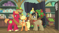 "Applejack ""we only ask for your understandin'"" S6E23"