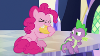Pinkie takes another bite of invite cupcake S9E14