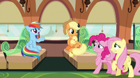 """Rainbow Dash """"supposed to be in the zone!"""" S6E18"""