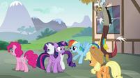 Rainbow Dash flies up to Twilight S5E22