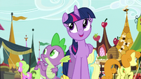 """Twilight """"another beautiful day in Ponyville"""" S8E18"""