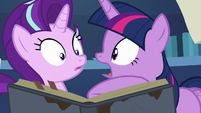 """Twilight Sparkle """"you can read that?!"""" S7E25"""