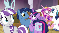 Twilight Sparkle -that was an assertive welcome- S7E22