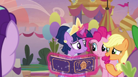"""Applejack """"we all chipped in some"""" S9E26"""