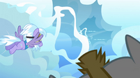 Cloudchaser about to go through the ring S3E7