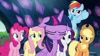 "Rainbow Dash ""the old-fashioned way!"" S9E2"