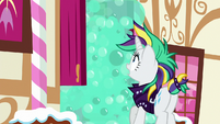 Rarity sees bubbles spill out of Sugarcube Corner S7E19