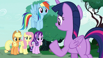 """Twilight Sparkle """"she needs our support"""" S7E19"""