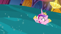 Cadance swept away by the water S5E10