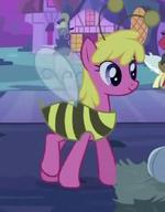 Cherry Berry in a bee costume S2E04