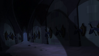 Mysterious shadow in Hall of Hooves S4E03