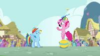 Pinkie Pie throws cupcake into Rainbow's mouth S4E12
