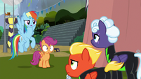 Rainbow puzzled by Washouts' non-reaction S8E20