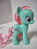 Midnight in Canterlot Minty toy