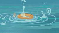 Yoke thrown onto water S4E20