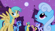 1000px-The ponies wonder what's going on S1E06