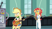 Applejack lands on the floor EG3