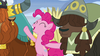 """Pinkie Pie """"asking for help is good for everypony?"""" S7E11"""