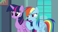 """Rainbow Dash """"he can't get enough air"""" S6E24"""