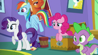 Rarity, Rainbow, Pinkie, and Spike together in one shot S5E19