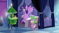Spike reassures Twilight EG
