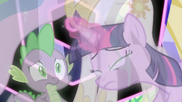 Twilight tearfully ends the third simulation S7E1