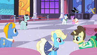 Grand Galloping Gala 'shiny dancy floor' S01E26