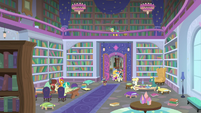Spike leads tour group into the library S8E11