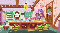 Spike peeking into the messy kitchen S9E23