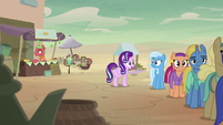 Starlight points at stand with no line S8E19