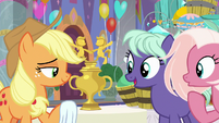Student mares marvel at the trophy S9E7