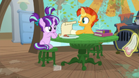 Sunburst shows filly Starlight a cleaning spell S6E1