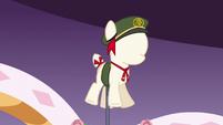 Sweetie Belle's Filly Guide uniform S6E15