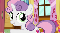 Sweetie Belle beckons her friends to follow S9E12