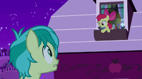 """Apple Bloom """"do mulberries have seeds?"""" S8E25"""
