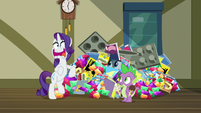 Rarity gasping in shock S9E19