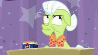 Granny Smith rolls her eyes at Twilight S9E16
