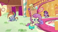 Main ponies cleaning Sugarcube Corner PLS1E3a