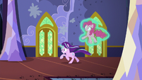 Starlight Glimmer returns to the castle foyer S6E21