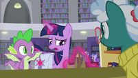 Twilight Sparkle putting the potted plant down S9E5