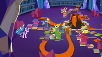 Starlight's friends in life-sized Dragon Pit S7E24