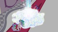 The Crystal Empire vanishing S3E01