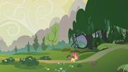 S01E09 Apple Bloom wchodzi do Lasu Everfree