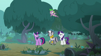 Spike flying over his friends S8E11