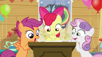 """Sweetie Belle and Scootaloo """"What?!"""" S5E04"""