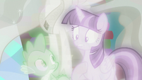 Twilight nervously watches the simulation S7E1