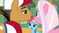 Rainbow Dash interrupts the cute moment S9E6