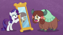 Yona seeing her reflection as a pony S9E7