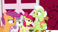"Apple Bloom ""have you seen Big Mac?"" S9E23"