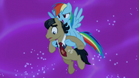Rainbow Dash saves Filthy Rich S5E13